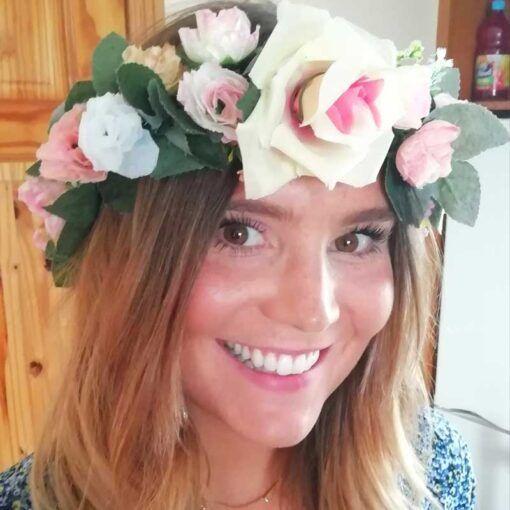 hen-wearing-flower-crown