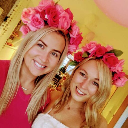 2-hens-wearing-flower-crowns-made-at-hen-party-ireland